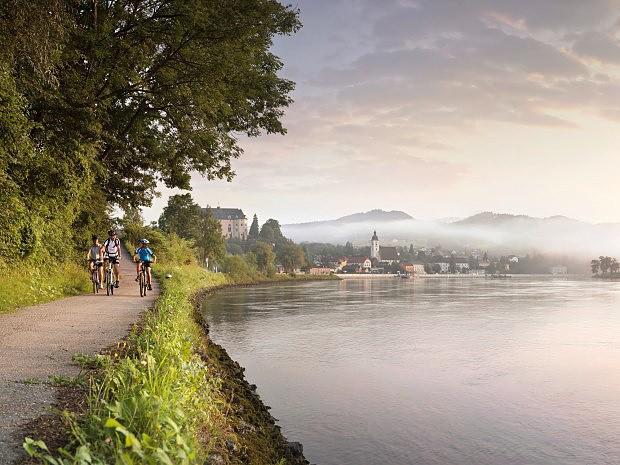 www.treking.cz/cyklistika/dunajska-cyklostezka2.jpg