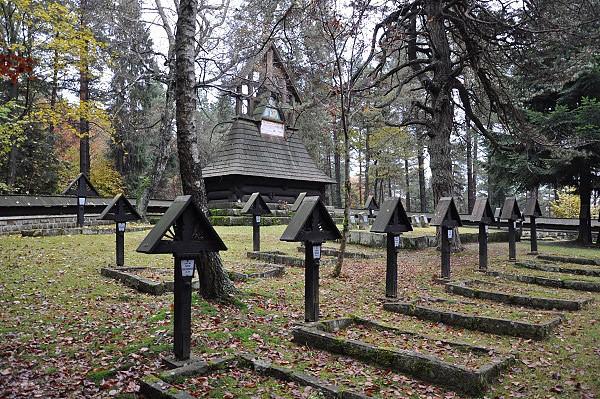 Przelecz malastowska, vojenský hřbitov od d. jurkoviče