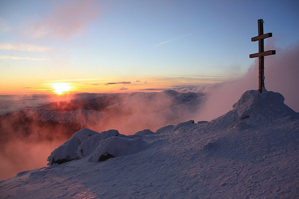 http://www.treking.cz/treky/dumbier-v-zime12.jpg