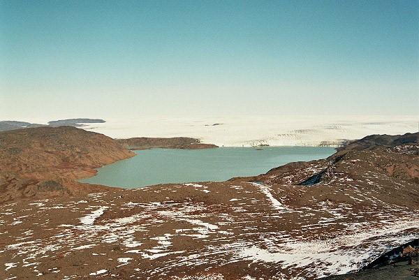 Jezero s nekonečným ledovcem